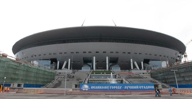 Генподрядчик стадиона в Петербурге обратился за федеральной помощью